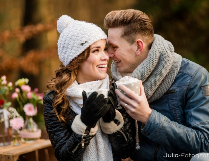 Gestylde winterse loveshoot in Zwolle